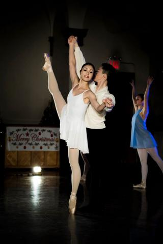 """Dreamcatcher"" Ballet Arts Student's Christmas Evening with Dance & Voice"